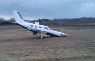 Plane crashed during landing in Manassas, no injuries