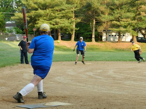 """Golden Girls"" softball league is recruiting players, ages 40+"