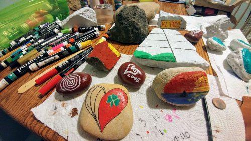 """Manassas Rocks"" hopes to spread joy with painted rocks"
