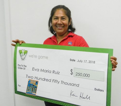 Fairfax woman wins $250K after purchasing Virginia Lottery ticket in Manassas