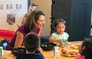 First Lady of Virginia visits Woodbridge elementary school