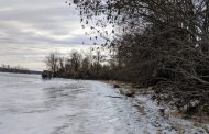 Officials warn citizens to stay off icy waters