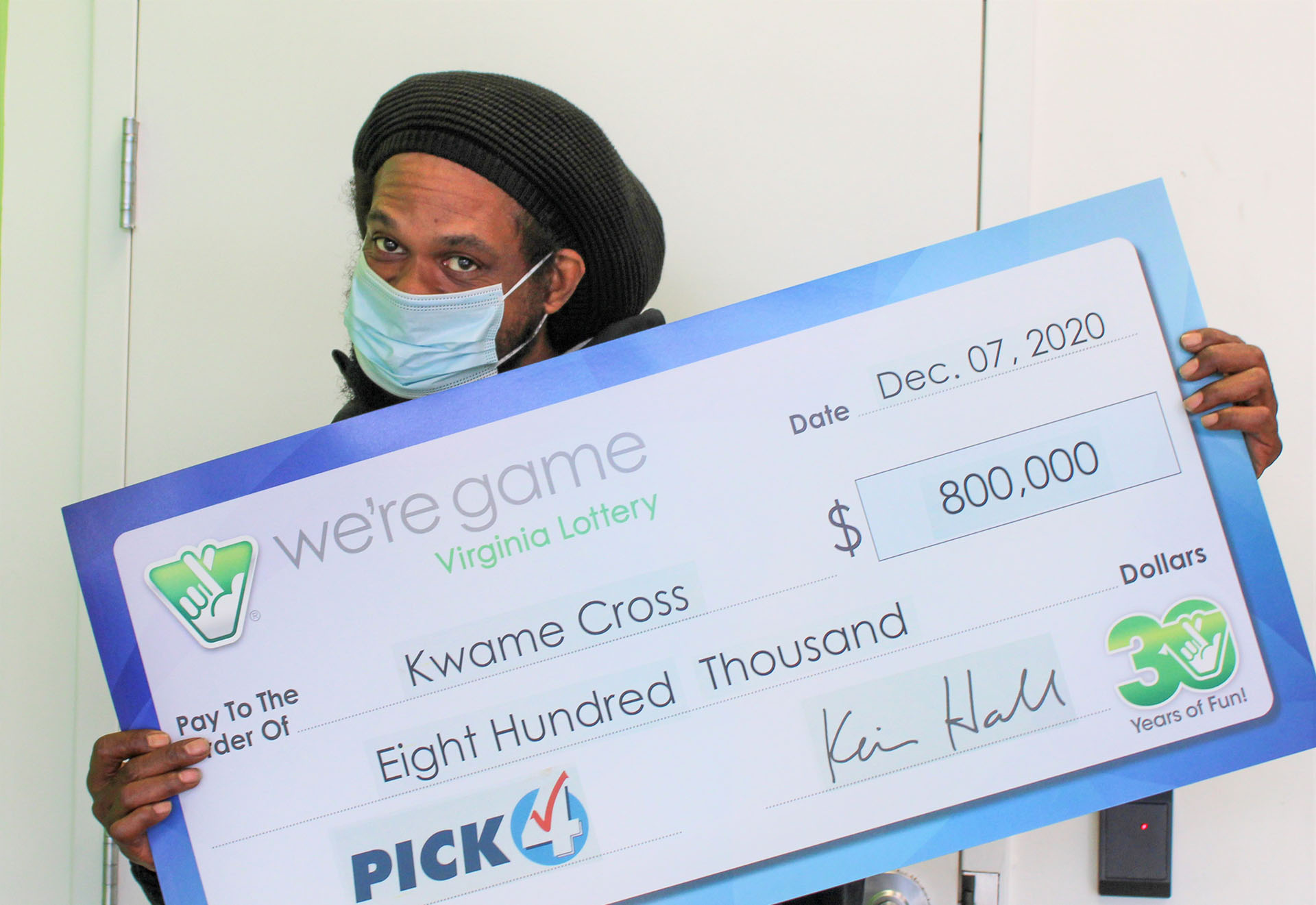 Dumfries resident wins $800,000 from Virginia Lottery